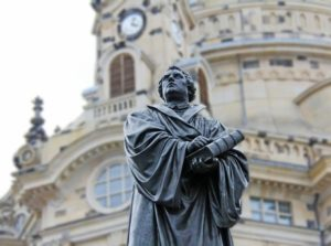 martin-luther_429x578