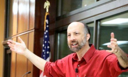 Dr. Louis Markos