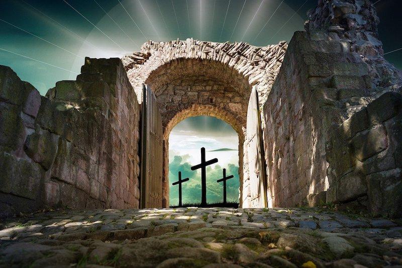 <em>The Coming Collapse of Secular Man</em>